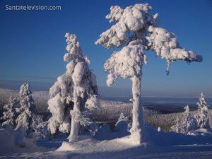 Vue de la station de montagne de Levi en Laponie en Finlande