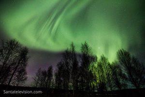Aurores boréales en Laponie, dans le nord de la Finlande