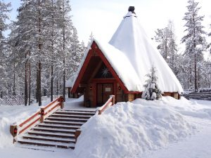 Restaurant lapon Kotahovi au Village du Père Noël à Rovaniemi en Laponie finlandaise